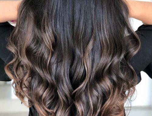 É possível rejuvenescer os cabelos?